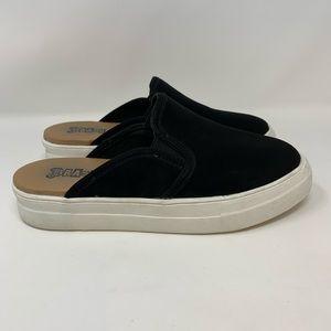 Brash Dakota Black Sneaker Mules, Size 8